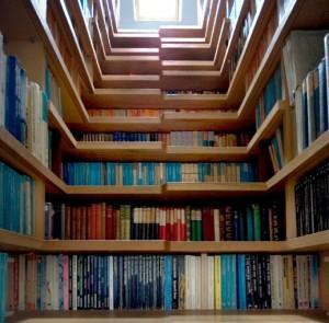 Knižnica v schodoch